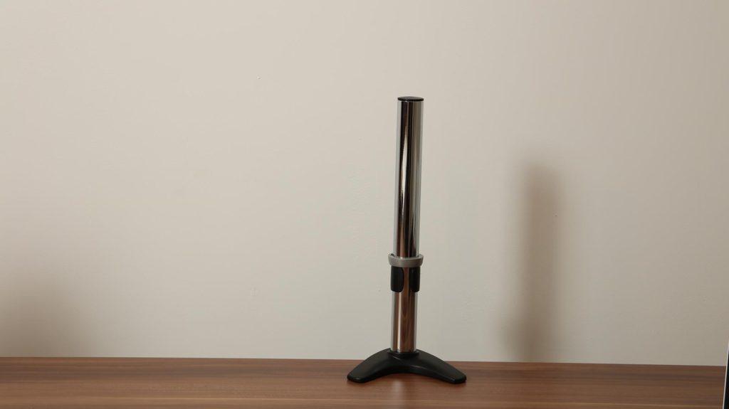 2-fach Tischhalterung-am-Tisch-montiert